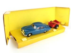 Spot on gift set x551