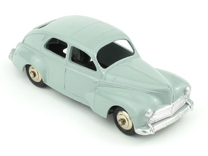 French dinky 24r peugeot 203 yy331