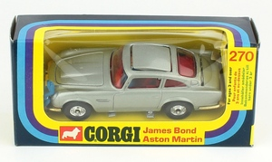 Corgi 270 james bond aston martin yy423