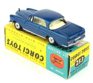 Corgi 253 mercedes coupe yy5861