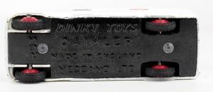 Dinky toys 253 daimler ambulance yy6842