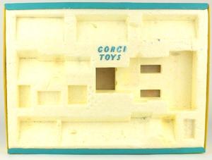 Corgi toys gift set 22 farming models yy7175