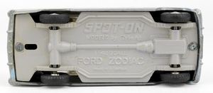 Spot on models 100 ford zodiac yy7422