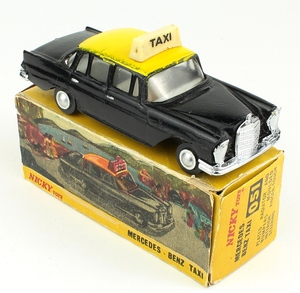 Nicky toys dinky 051 mercedes taxi yy785