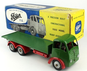 Shackleton model foden flatbed truck yy930