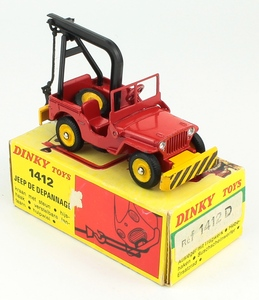 French dinky toys 1412d recovery jeep zz9