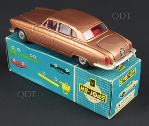 Spot on models 218 jaguar mk 10 zz381
