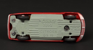 Corgi toys 210s citroen ds19 zz7712